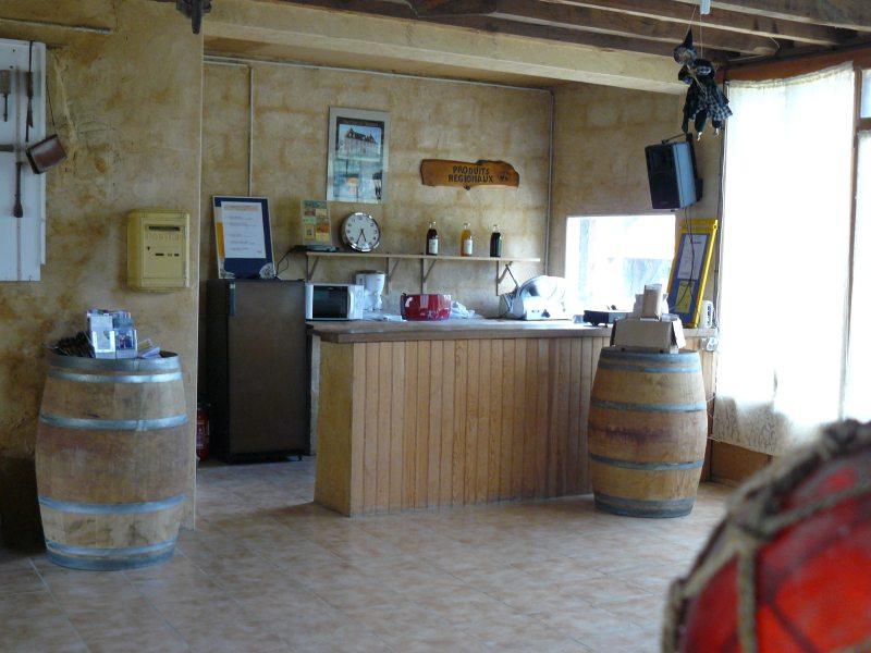 salle du moulin refuge pour les campeurs